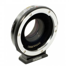 Адаптер Metabones Speed Booster Ultra 0.71х, Canon EF на Micro 4/3 (MB_SPEF-M43-BT4)